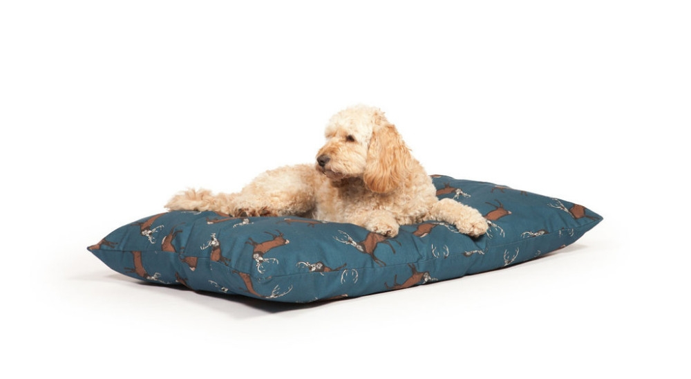 Woodland Dog Bed - Stag Extra Deep Duvet
